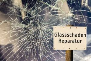 Fensterscheibe mit Glasschaden